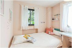 חדר מעוצב לילדה בת 10  חדר פרקטי ואסטתי