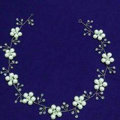 Diy Butterfly Decorations, Bridal Hair Pins, Hair Beads, Hair Vine, Hair Ornaments, Wedding Hair Accessories, Bridal Headpieces, Headband Hairstyles, Beaded Flowers