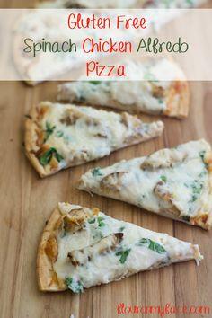 Gluten Free Spinach Chicken Alfredo Pizza via flouronmyface.com #ad #GFreePizzaNight