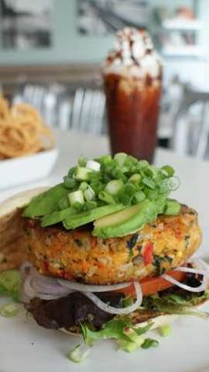 Veggie burger from The Counter. This is the BEST veggie burger ever!use flax egg replacer for vegan. Healthy Burger Recipes, Best Veggie Burger, Vegan Burgers, Veggie Recipes, Whole Food Recipes, Vegetarian Recipes, Cooking Recipes, Veg Burger Patty Recipe, Best Vegan Burger Recipe