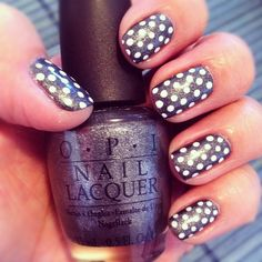 My polka dot obsession in OPI Suzi skis in the Pyrenees suede  #nailsbyvaleta