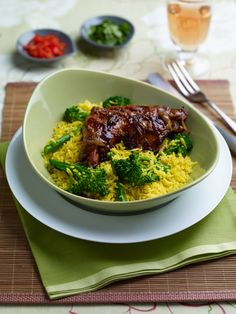 What would you do with Tenderstem® if you were tasked with giving it an Indonesian twist? Probably something like this braised chicken recipe.