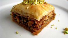 Arabic Food Recipes: Baklava Recipe Who doesn't love Baklava Köstliche Desserts, Delicious Desserts, Dessert Recipes, Greek Desserts, Good Food, Yummy Food, Sweet Pastries, Arabic Food, Arabic Sweets