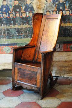 Rocking chair, England 1840