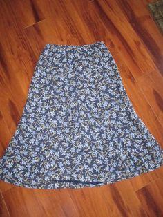 Liz Claiborne Petite Blue Floral Lined Skirt Size 4P #LizClaiborne #ALine