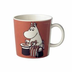 Moominmamma is a fictional character in Tove Jansson's Moomins stories where she is married to Moominpappa and together they are parents to the Moomintroll. Moominmamma always wears her bag witch has become her trademark witch you also can see on this great mug. There are also mugs on the other family members that makes this a perfect collectible item or as appreciated gifts!