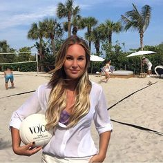 "59 Likes, 4 Comments - VO|CO- Vodka & Coconut Water (@vocodrink) on Instagram: ""Getting ready for a big weekend of volleyball, cocktails, and models! #tbt #modelvolleyball #miami…"""