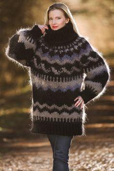 SUPERTANYA Hand Knit Mohair Sweater MEGA THICK BLACK ICELANDIC JUMPER 10 STRANDS #SUPERTANYA #TurtleneckMock