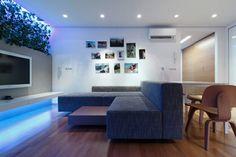 color azul para la iluminación LED en el salón