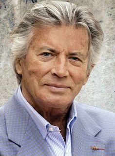 Pierre Brice (1929-2010, französischer Schauspieler), bekannt durch seine Filmrolle als Winntou