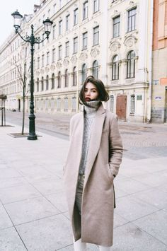 Paris & long coats. My kind of Winter.