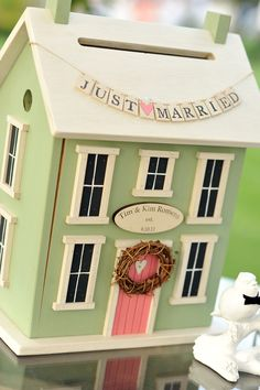 Wedding Card Box -  you could use this as a birdhouse later, just fill the hole!