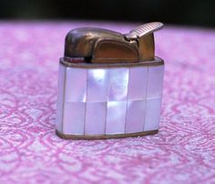 1950's Evans petite gold and pearl lighter by 2BEVINTAGE on Etsy.