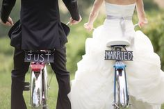 """Just married"" DIY signs on the back of vintage bicycles by Dan and Melissa Photography 