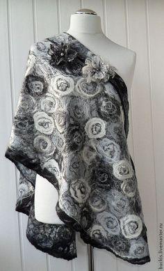 Schal Wolle & schwarz-weiß grau handgemacht Filz von crazywoolLT