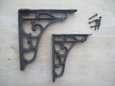 Victorian style scroll bracket   Ironmongery World £5.99