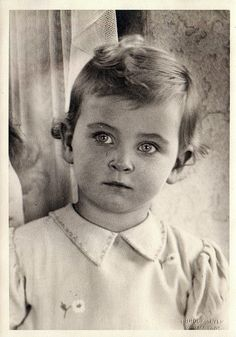 Princess Johanna of Hesse & by Rhine. Princess Alice, Princess Diana, Prince Albert, Prince Philip, Queen Victoria Children, Grand Duc, Royal Photography, Cultura General, Rich Kids