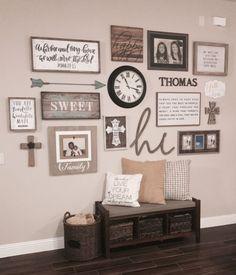 47 Brilliant Farmhouse Living Room Wall Decor Ideas Your living room should be decorated in your own personal style, not that of a decorator. The living room is […] Deco Champetre, Decoration Ikea, Foyer Decorating, Decorating Ideas, Decorating Bookshelves, My New Room, Rustic Decor, Country Wall Decor, Rustic Farmhouse Decor