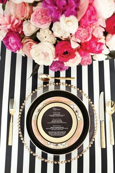 For my wedding: place settings Black White glittering gold etching glass stripes table linen charger glamorous garden roses victorian plates flatware lush . Wedding Table, Our Wedding, Dream Wedding, Trendy Wedding, Sophisticated Wedding, Glamorous Wedding, Reception Table, Reception Ideas, Dinner Table