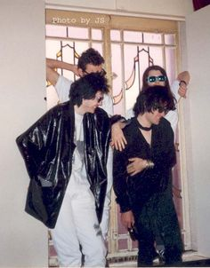 rock stars are not cool Teddy Edwards, Richey Edwards, Irish Rock, Hate Men, Favorite Person, Cool Bands, Street, Musicians, Depression