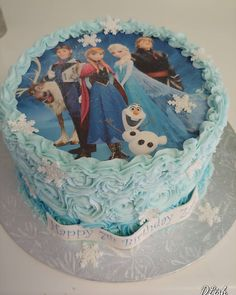 Frozen Transfer #frozen #Anna #elsa #olaf #snowflakes #cake #dlish Birthday Cake Girls, Birthday Cakes, Elsa Olaf, Girl Cakes, Snowflakes, Frozen, Anna, Desserts, Anniversary Cakes