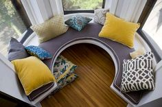 Circular window seat (banquette) from top. Window Benches, Window Seats, Window View, Sweet Home, Chicago Apartment, Small Space Solutions, Built In Bench, Bench Seat, My New Room