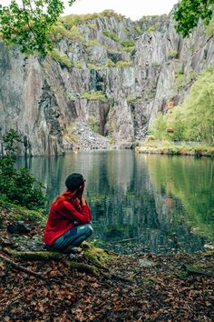 Top 20 Things to do in Wales - Globetrotting Ginger Snowdonia National Park Places To Travel, Places To See, Travel Destinations, Vacation Travel, Vacation Spots, Wales Holiday, Honeymoon Photography, Snowdonia National Park, Visit Wales