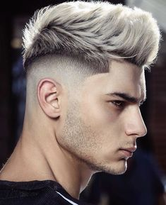Trendy Mens Hairstyles, Quiff Hairstyles, Cool Haircuts, Haircuts For Men, Barber Hairstyles, Hair And Beard Styles, Short Hair Styles, Mid Fade Haircut, Haircut Short
