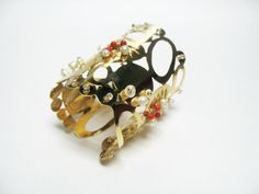 Mercedes Sergheiev jewelry goldplated brass cuff with pearls and coral