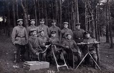 German; Possibly a group photograph of a mixture of Maschinengewehr-Kursus at the Hammelburg training ground.