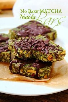 Try these delicious No-Bake Matcha Granola Bars