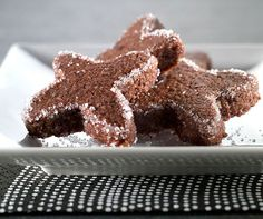 Basler Brunsli Biscuits, Biscuit Recipe, Holiday Recipes, Holiday Foods, Holiday Cookies, Gingerbread Cookies, Goodies, Xmas, Sweets
