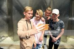 UK pop duo and teen stars Bars & Melody and norwegian twin brothers pop duo and teen stars Marcus & Martinus Photo Session on June 2017 in Berlin, Germany. Bars And Melody, The Cw Shows, Twin Brothers, Photo Sessions, Cute Boys, Handsome, Teen, Stars, Sterne