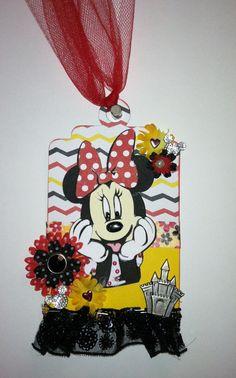 Minnie Mouse Tag - Scrapbook.com