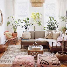 Relaxing Boho Chic Living Room Idea