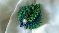 Одноклассники Diy Ribbon, Ribbon Art, Ribbon Crafts, Ribbon Bows, Flower Crafts, Ribbons, Cloth Flowers, Satin Flowers, Diy Flowers