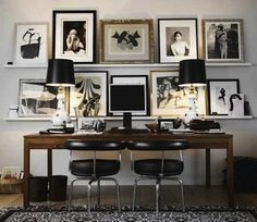 Love the black and white - sophisticated!