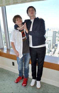 Nick Robinson and Ty Simpkins