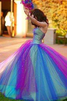 if i could ever wear this dress just because..totally would