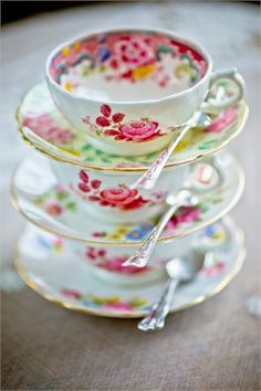 floral teacups and saucers. Envision 100 more of these in all different patterns on your beverage station or by each place setting.