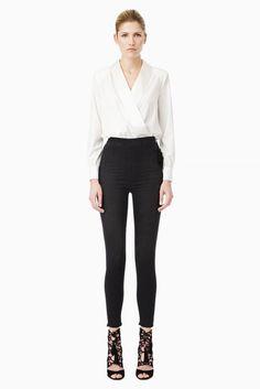Camicia Body Donna in colore avorio, linea Elisabetta Franchi FW2015, scollo con revers di raso, manila lunga, in tessuto stretch leggero e in taglia 40, 42, 44
