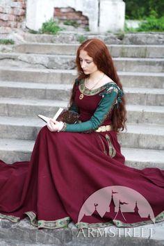Medieval Wool Dress Sansa LIMITED van armstreet op Etsy, $430.00