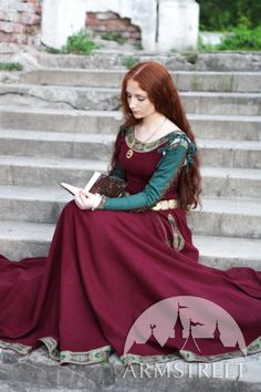 Hey, I found this really awesome Etsy listing at https://www.etsy.com/listing/152714773/sale-medieval-wool-dress-sansa-limited