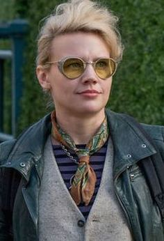 Kate McKinnon in Ghostbusters (2016). Costume Designer: Jeffrey Kurland
