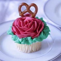 Symbol of Love Cupcakes