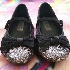 Look what I found while shopping on Totspot, the resale shopping app for kids' clothes.   Editors Pick Dressy Shoes    Love this! #kidsfashion
