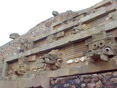 Construcción a Quetzalcoatl ( Dios Principal)