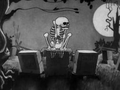 Walt Disney Danse Macabre, The Skeleton Dance 1929 - I love the sound of old soundtracks. The images are plastic and simple.