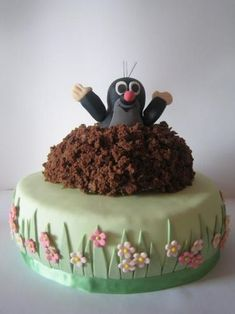 Maukwurf Pauli läßt grüßen 480305880 - Bake a Cake 2019 Pretty Cakes, Cute Cakes, Beautiful Cakes, Amazing Cakes, Food Cakes, Baking Recipes, Cake Recipes, Dessert Decoration, Cake Decorating Techniques