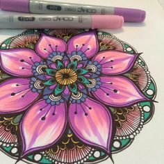 So beautiful and colourful Mandala Drawing, Mandala Painting, Mandala Art, Art Doodle, Doodle Drawings, Design Mandala, Hand Painted Furniture, Mandala Coloring, Copics